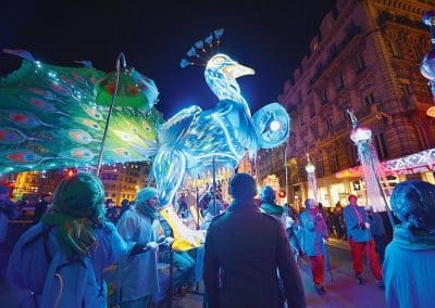 里昂灯节的起源_Fête des lumières de Lyon-rayonne-dans-le-monde-entier