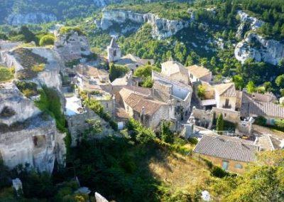 Vue-sur-le-village-des-普罗旺斯地区莱博_Les Baux-de-Provence_-depuis-le-chateau