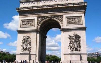 法国留学生生活待遇优厚_Aides aux Etudiants