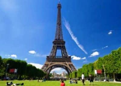TOUR EIFFEL_Paris_生活中的法语词汇_时间_Le temps