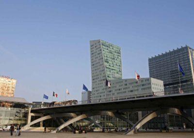 法国里尔-Lille_pont-corbusier-relie-gares-lille-flandres