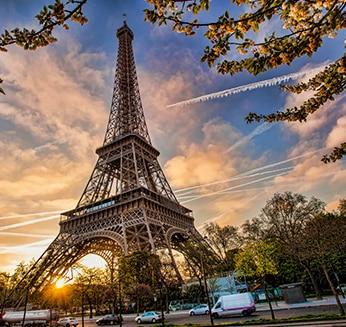 法语一个重要的语言 L'importance du français - Tour Eiffel